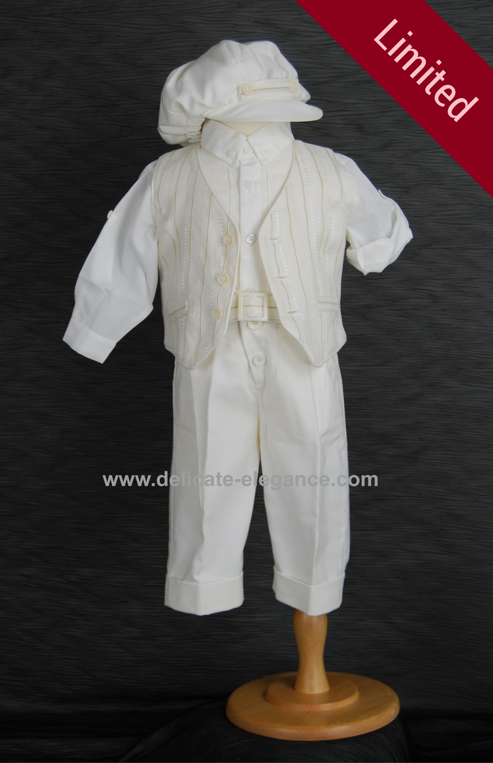 1971 (Beige): Boys' Four-Piece Christening Suit